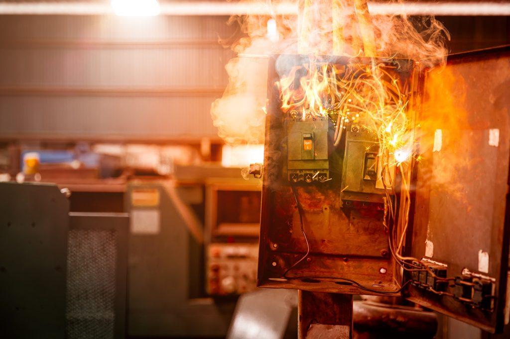 electricity breaker overload short circuit